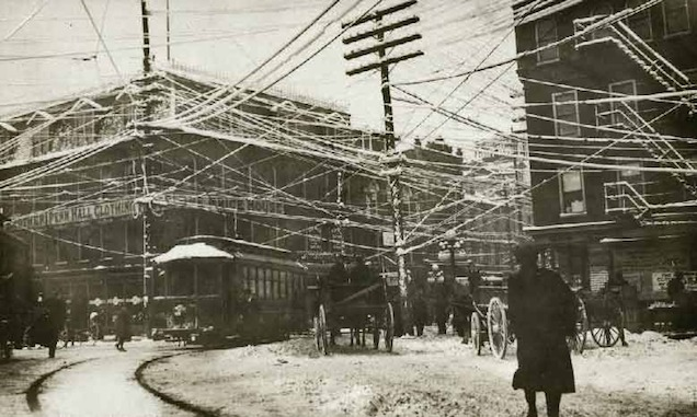 Telephone wires in New York City, 1887